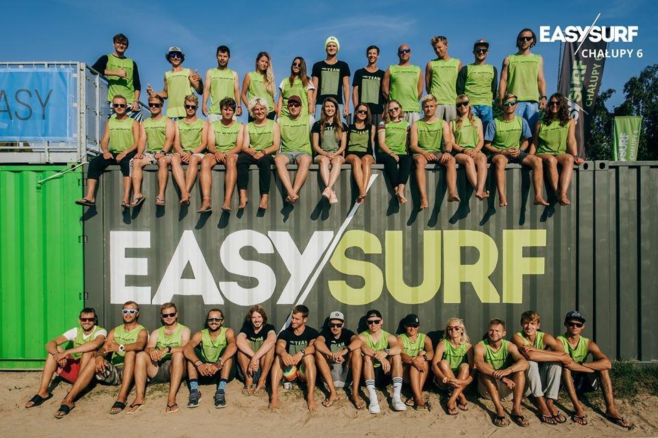 W EASY SURF Chałupy 6 mamy od lat stałą, sprawdzoną i wykwalifikowaną kadrę.